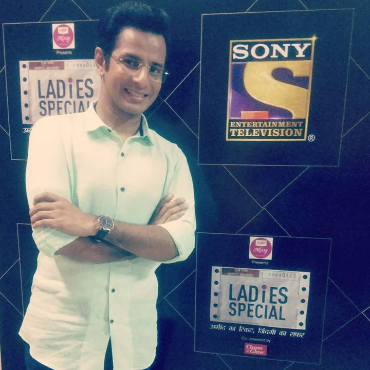 Ojas Rawal,  LadiesSpecial, GoldenJubilee, Episode, tv, AmarDesai, actor, OjasRawal, hindi, SonyTV, gujarati, ojas, sony, LadiesSpecialOnSony, ThankYou, happy50th, golden, cast, crew, tvserial, tvseries, thanks, television, checkerboard, smile, happyme, happyday, loveyouall, happy, me, congratulations