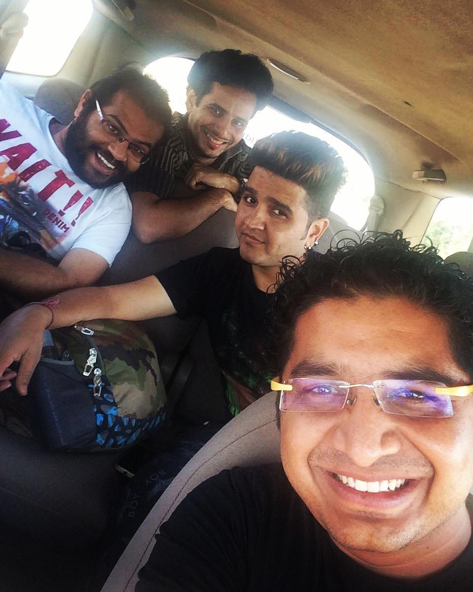 On way to the historic and beautiful Junagadh! 😃  #gujarat #travel #friends #roadtrip #junagadh #fun #excited #awesome #happiness #tour #selfie #funtimes #memories #journey #tour #nature #trip #adventure #moment #travelphotography #travelphoto #mytravelgram #india #junagarh #gujju #ontheway #traveling #cartrip #ahmedabad #carselfie