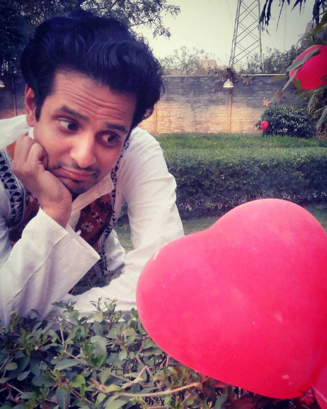 Ojas Rawal,  valentines2017, single, singlelife, valentines, happyvalentinesday, sigh, comiclife, actorslife, balloons, love, heart, actors, girlfriend, romantic, helplessromantic, balloon, pyaar, actor, hearts, bae, valentine, relationship, lovequotes, waiting, crush, iloveu, gujarati, gujju, luv, unrequitedlove