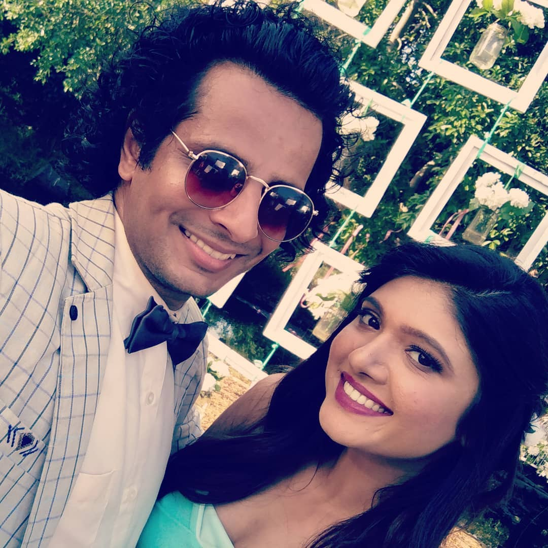 HAPPY BIRTHDAY to this affable doctor who can act her way out of a paper bag while modeling and singing beautifully all at the same time!!! 😜 Heartiest returns of the day, JOLLY dearest @jollyrathod ! 🎂 See you in the next ward! 🤗 #JollyRathod #HappyBirthday #actor #singer #model #actress #doctor #friend #buddy #artist #gujarati #artiste #today #pals #actors #love #this #gal #ahmedabad #surat #mumbai #india #awesome #shootdiaries #hbd #happy #birthday #dearfriend #bestwishes #tarimaateoncemore @gujjufilms @thefilmyfox @ahmedabadtimestoi @gujaratimoviesinus @colorsgujaratiofficial @the_gujarati_films @gujaratimovies @gujjugate @ourcinemaa