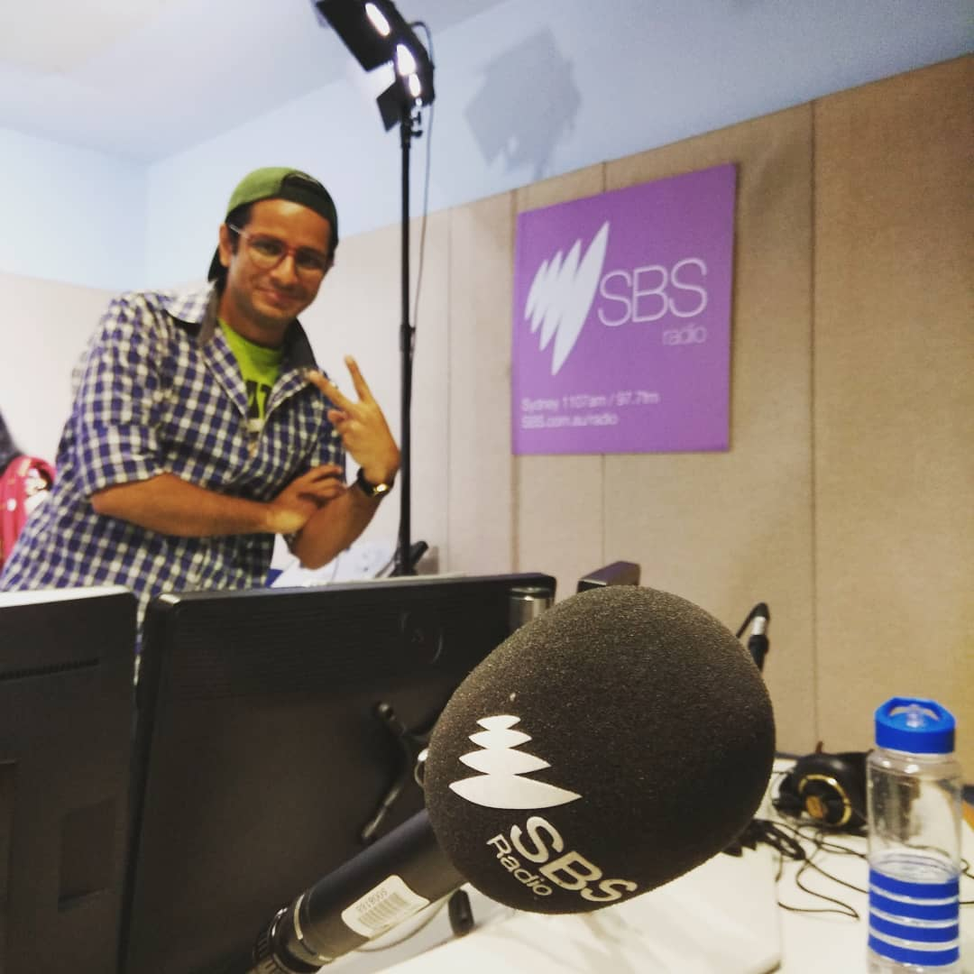 Sydney's SBS Radio Studio visit memory from The Comedy Factory's show tour in Australia! Happy WORLD RADIO DAY! 📻 . Interviewed by @iamharita of @sbsradio. Thanks to @bablu21 of @star_alliance_entertainment - National promoter of @thecomedyfactoryindia 📸: @chirayu_m .  #WorldRadioDay #photograph #AustraliaDiaries #memory #radio #studio #mic #OjasRawal #actor #comedian #australia #aus #Sydney #sbsradio #sbs #happyme #ojas #visit #traveldiaries #globetrotter #globalcitizen #traveller #thecomedyfactory #aussie #iloveaustralia #microphone #radiofrequency #radiolife #rj #onair @sydney @visitsydneyaustralia @australia @sbsradio_news @sbs_australia @radioaus