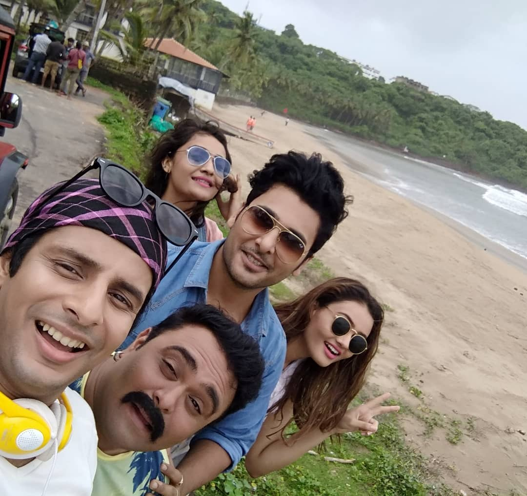 Ojas Rawal,  TariMaateOnceMore, film, shoot, Goa, India, selfie, actors, OjasRawal, HemangDave, BharatChawda, actresses, JankiBodiwala, ShraddhaDangar, atthebeach, beach, funtimes, goodtimes, beaches, memories, beachside, shootlife, beachfront, shootdiaries, actorlife, throwback, goadiaries, goabeach, incredibleindia, sea, actorslife