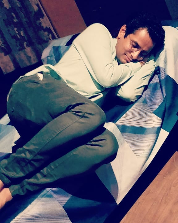 Guess the dream😴. Let's see your creativity! 💭 #sleep #dreaming #OjasRawal #candidmoments #actor #comedian #sleepy #ojas #caughtsleeping #candidphoto #candid #moment #sleeper #sleepinglikeababy #goodnight #gn #sleeptight #tired #sleepin #rest #bedtime #sweetdreams #mood #sleeptime #dream #bed #nightnight #sleepytime #dreams #zzz