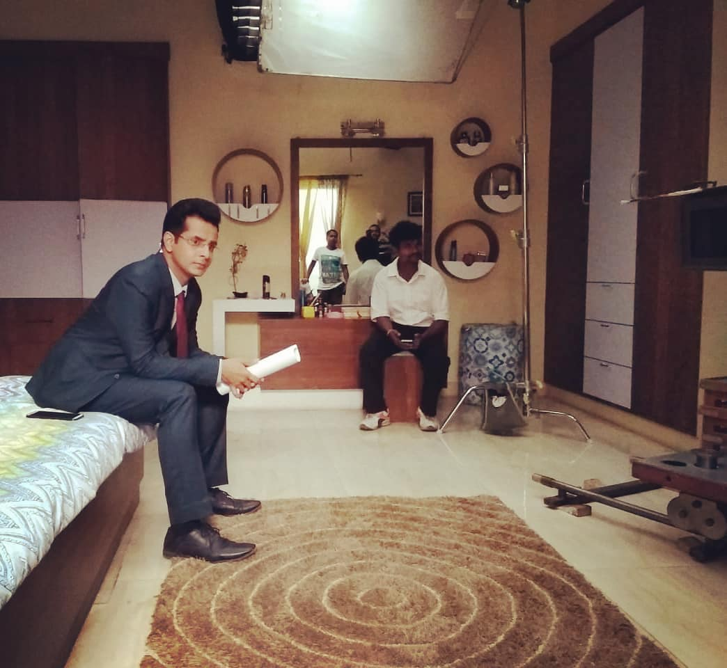 Ojas Rawal,  LadiesSpecial, ShootDiaries, onLocation, sonytv, hindi, series, DrAmarDesai, character, OjasRawal, actor, mumbai, india, ojas, hindiserial, shooting, onset, shoot, hindiserial, lightscameraaction, camera, candid, script, actorslife, candidphotography, thinking, waiting, formals, candidmoment, actorlife, shootlife