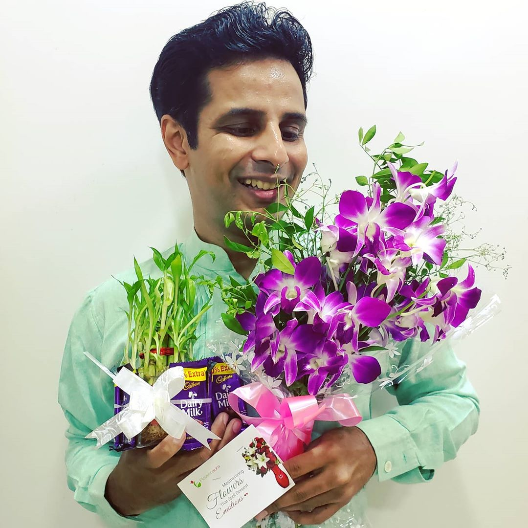 Ojas Rawal,  gifts, thankyou, shemaroo, happyme, flowers, orchids, bamboo, chocolates, OjasRawal, ojas, actor, mumbai, india, gujarati, gujarat, giftideas, love, gift, presents, gratitude, ilovechocolate, chocolate, cadbury, allsmiles, smiling, happy, goodday, happyday, surprise, orchid