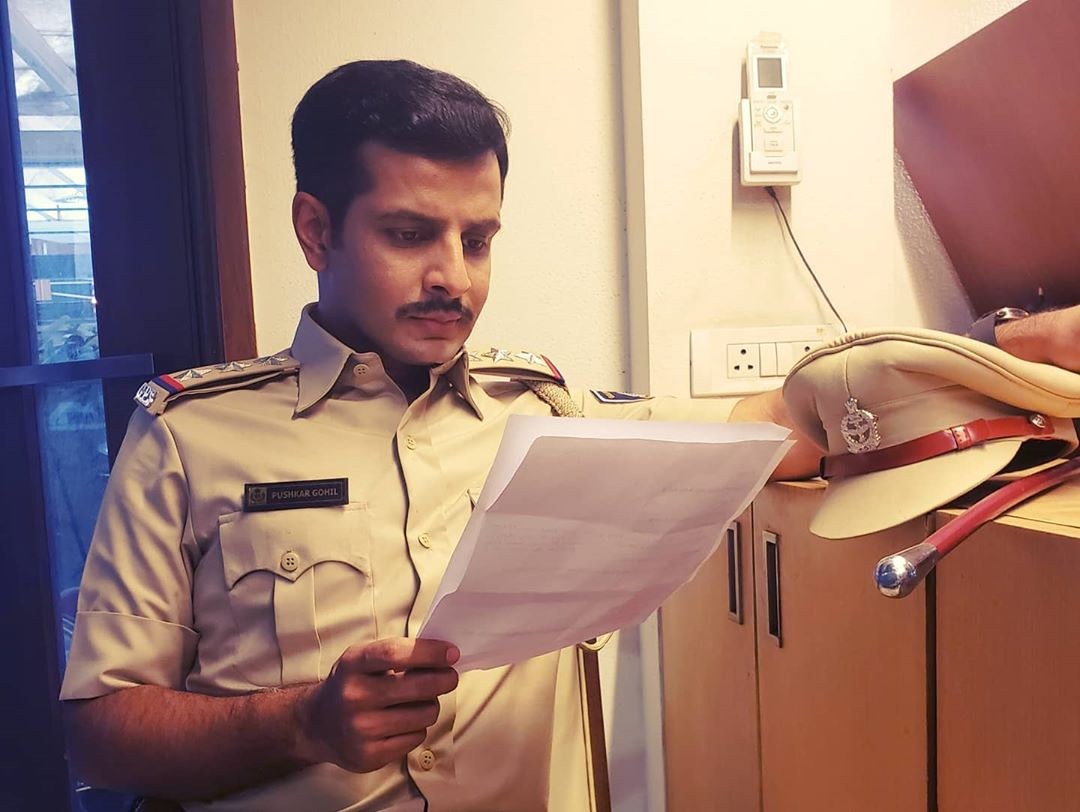Perusing the Indian Penal Code for dialogue articulation 📑 #ActorLife #film #Rahasyam 🎞 . #shooting #atwork #police #officer #gujarat #ahmedabad #actor #OjasRawal #filmshoot #acting #rehearsing #casting #filmmaking #reading #prep #rehearsal #gujaratifilm #gujaratimovie #ojas #gujarati #dialogue #rehearsals #actorslife #cinema #films #movies #dhollywood