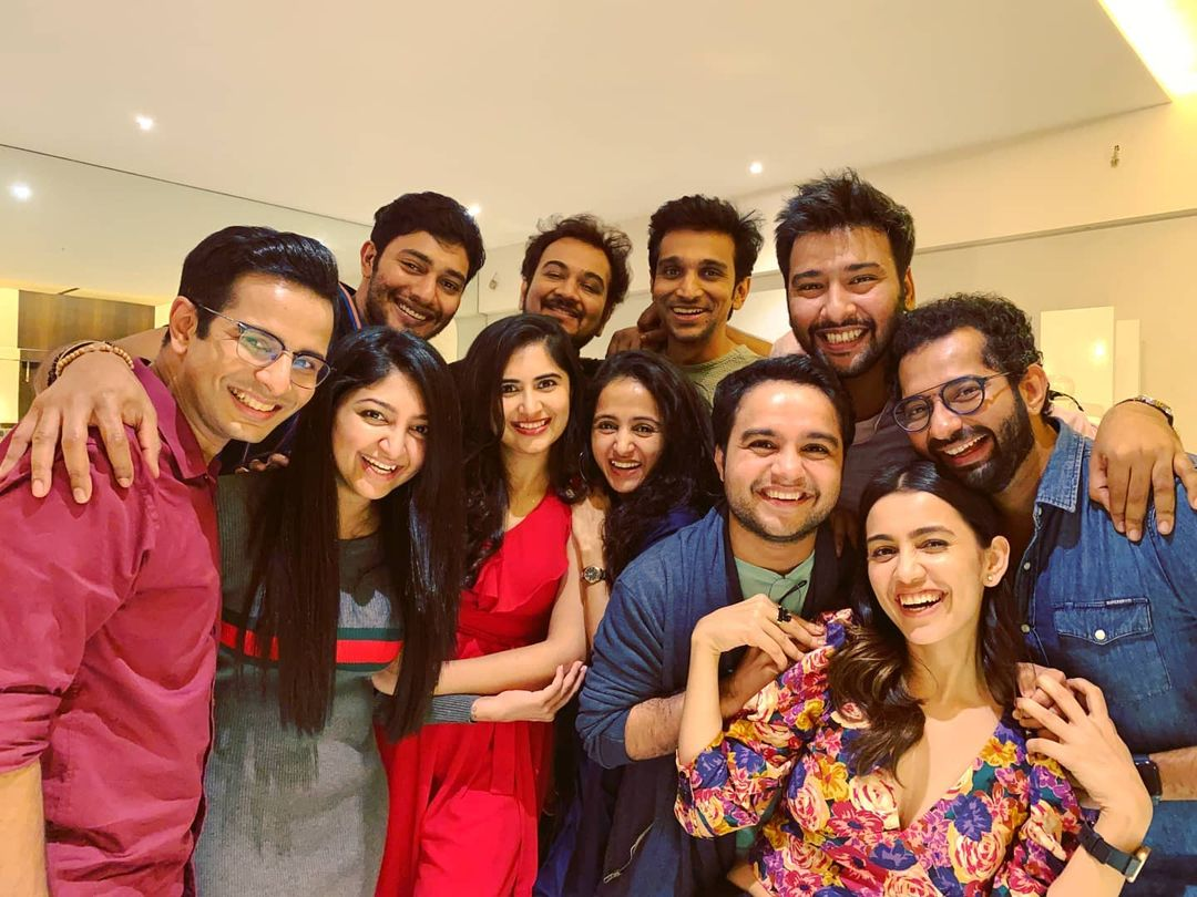 The Tribe. The Vibe. 💫 . Clockwise from top left: Prince Cecil, Punit Gandhi, Pratik Gandhi, Siddharth Amit Bhavsar, Viral Shah, Esha Kansara, Hardik Sangani, Bhamini Oza Gandhi, Vyoma Nandi, Bhoomi Trivedi and yours truly 😁 . #party #night #mumbai #gang #clan #PrinceCecil #PunitGandhi #PratikGandhi #SiddharthAmitBhavsar #ViralShah #EshaKansara #HardikSangani #BhaminiOzaGandhi #VyomaNandi #BhoomiTrivedi #OjasRawal #friends #friendshipgoals #gujarati #gujaratimovie #gujaratifilm #bollywood #dhollywood #tollywood #havingfun #thegang #gujju #theclan #gujjus #gujjugram
