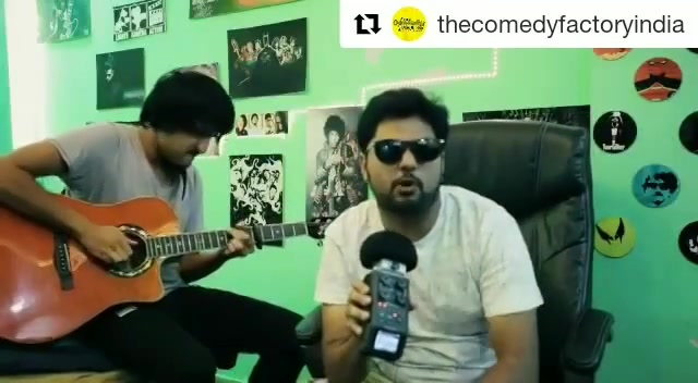 RAJKOT, get ready! The Comedy Factory performing in your town this FRIDAY 😎 Check out what @aarizsaiyed and @chirayu_m have to say!🤘 @thecomedyfactoryindia @instafunny_manan @nautankideep @theideabaginc @bookmyshowin @instagram_rajkot @rajkot_offical @werajkot #rajkot #show #comedy #standup #muscialcomedy #funny #friday #lol #hilarious #comedians #theideabaginc #thecomedyfactory #bookmyshow #new #video #newvid #rap #rapper #rapmusic #jam #music #song #singing #rapping #gujju #gujarati #gujarat #dj #djwalebabu #rangilurajkot