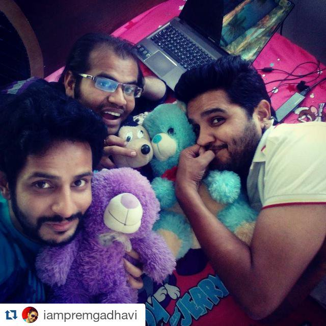 Teddies having fun with us 🐻😋!   #Mickey #Friends  #Ahmedabad https://t.co/PehzQcGAnZ