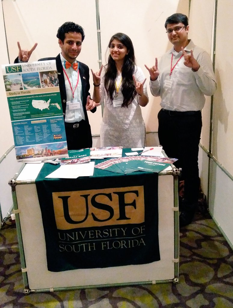 At US Univ Alumni Fair in Vadodara! All aspiring students, come to Surya Palace!  #studyintheUS #USF #schoolspirit https://t.co/HZjyvZfPgf