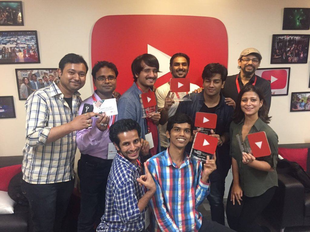 RT @kolkatavideos: Team Badrysh graduated #YTNextUp 2016. @YTCreatorsIndia @YouTubeSpaceMum https://t.co/RzfAjr08ak