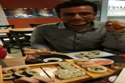RT @AhmedabadTimes: .@RawalOjas ...you rock with this fun description about #sushi! https://t.co/ZPbsnNUDLq